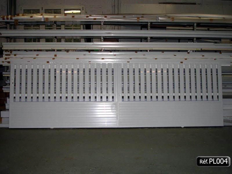 Portail coulissant avec cadre aluminium 50 x 30
