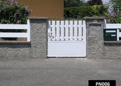 portillon cadre aluminium et PVC