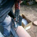 Fixation embase poteau PVC