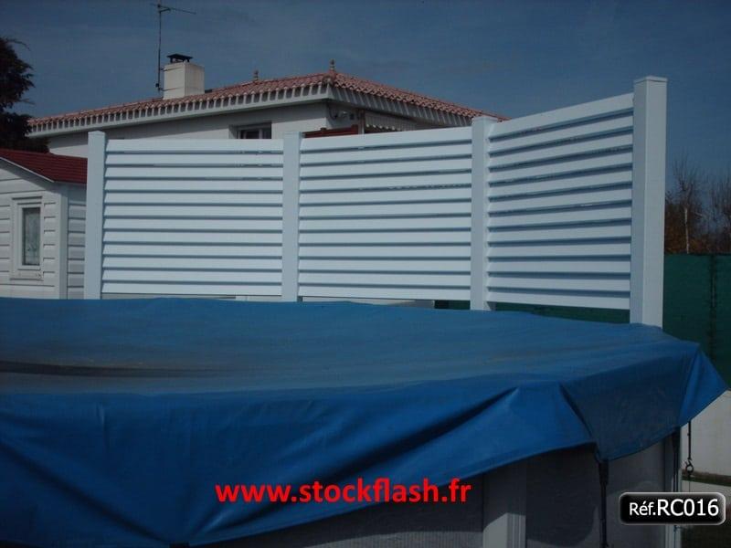 Cl ture pvc kit pour entourage maison jardin piscine for Piscine de jardin pas cher