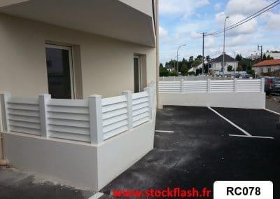 Brise vue terrasse en PVC en KIT sur mesure sur muret