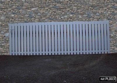 Portail coulissant cadre aluminium et lisse PVC