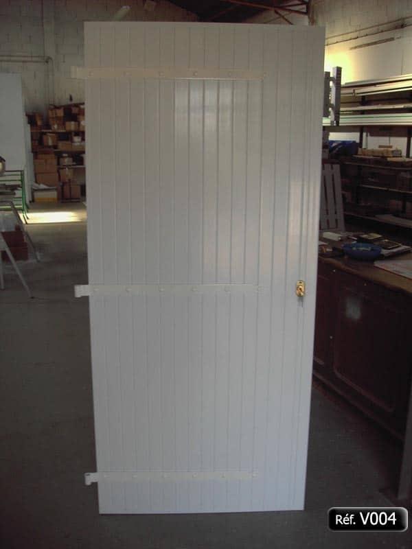 volet battant pvc de porte avec quincaillerie aluminim. Black Bedroom Furniture Sets. Home Design Ideas